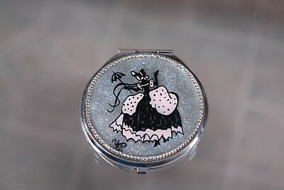 Hand made makeup mirror with Lady in Crinoline