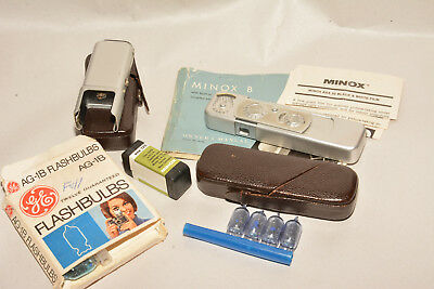 Minox B With Flash, Cases, Manual. Excellent.
