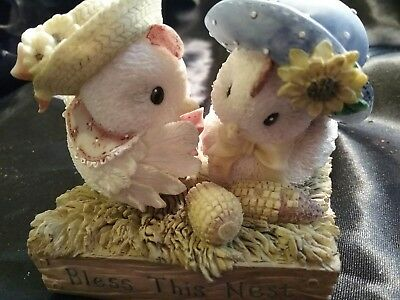 "ENESCO MARY'S HEN HOUSE ""Bless The Nest"" Chicken Figurine"