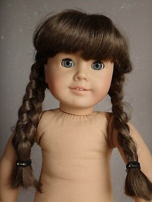 Vintage PLEASANT COMPANY American Girl Molly McIntire DOLL (See Description)
