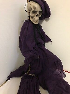 4Ft Tall Skull Hanging Halloween Decorations Scary Ghost Outdoor