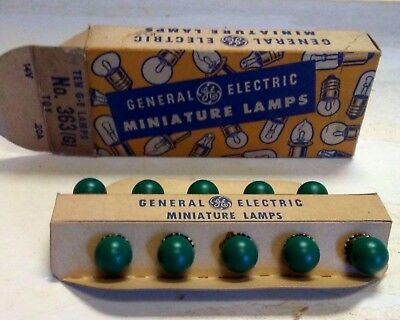 GENERAL ELECTRIC MINIATURE LAMPS No. 363 (Green)   VINTAGE IN BOX