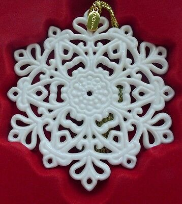 "Lenox 2017 Snow Fantasies Snowflake Ornament 4"" - New in Box"