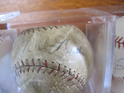 BABE RUTH signed baseball - BABE RUTH autograph sweet spot with LOU GEHRIG, PSA