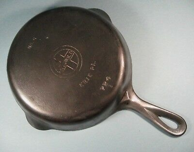 Vintage GRISWOLD NO.5  SMALL LOGO  724  I  ERIE PA  CAST IRON SKILLET