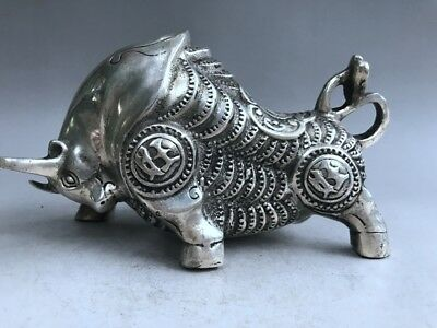 China Antiques Tibetan silver hand carved cattle Bullfight sculpture statue