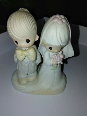 """Precious Moments """"The Lord Bless You And Keep You"""" Wedding Couple"""