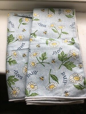 LONGABERGER Cloth Napkins, 2, 1999 May Flower Series,Blue Daisy,NEW