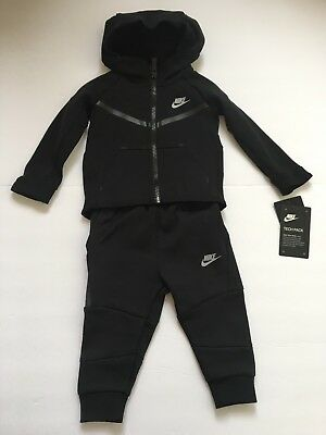 New Nike Tech Fleece Two-Piece Unisex Suit Black Toddler 66B400 023 sz 12  months 0b20d8b86df8