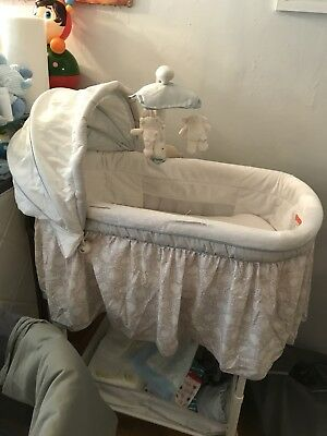 seaside Deluxe Gliding Bassinet
