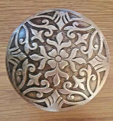 Beautiful Antique Drum Victorian Eastlake Brass Door Knob Lockwood Halfa H26200