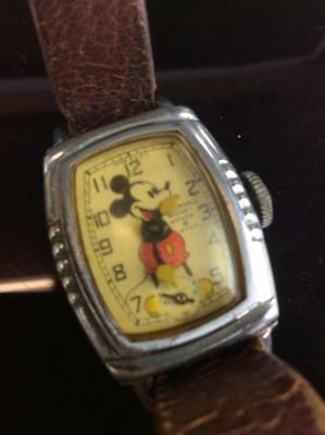 Vintage 1930's Ingersoll Mickey Mouse Disney Watch Needs Repaired Pigskin