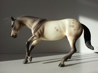 "Modellpferd Peter Stone Performance Horse ""PARTY ANIMAL"" Traditional - Breyer"