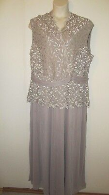 New CATHERINES PLUS SIZE  3X 22/24 LACE BALLROOM GOWN Special Occasion WEDDING