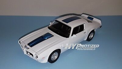 Welly 1:24 1972 Pontiac Firebid Trans Am Die-Cast White 28075 N/b