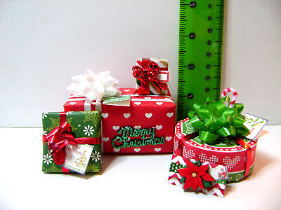 1:6 Christmas gifts wrapped presents 4 pc set +tags red/green Barbie dollhouse
