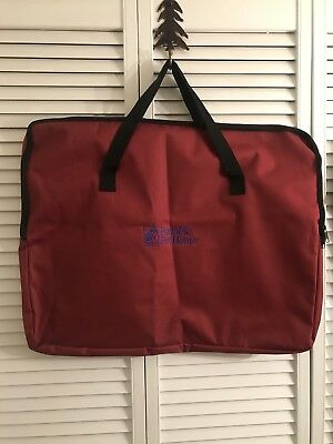 Zippered carry duffle