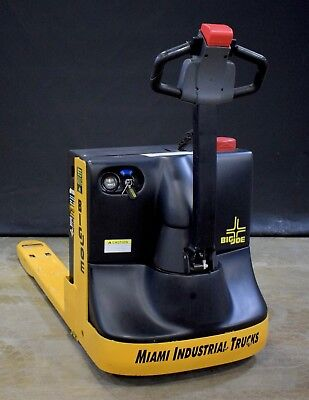 NEW Electric Pallet Jack/Truck - 4500 lbs Big Joe WPT45s - 2.3 Hours  Demo Unit