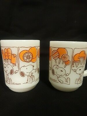 Vintage Snoopy Collector Mugs 1958 - set of 2