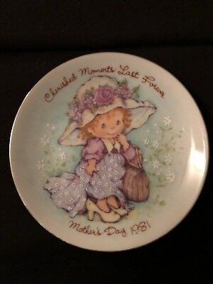 1981 Mother's Day Collectable Plate By Avon