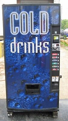 Dixie Narco Canned Cold Drink Soda Vending Machine - Model 522