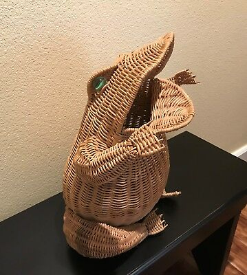 Vintage WICKER FROG w/GLASS MARBLE EYES Made in Hong Kong BASKET PLANTER FIGURAL