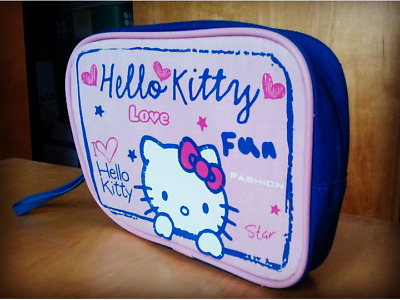Hello Kitty Beauty Case / Pensil Case (length 15cm, width 21cm)