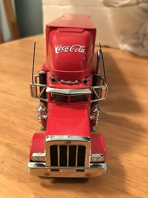 Coca-Cola Santa 2000 Holiday Gold Caravan Truck  Christmas Coke MATCHBOX
