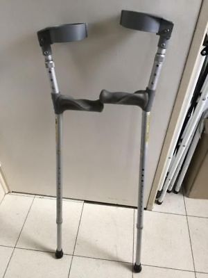 Crutches elbow type - good rubber handles ergonomic lightweight