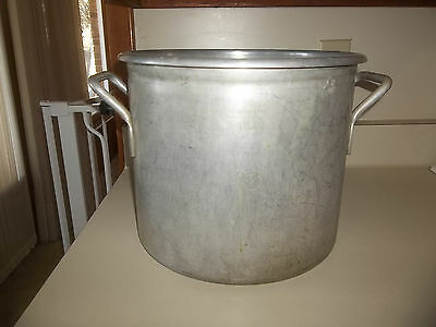 Used Wear-Ever Aluminum 20 Qts Pot No. 4370