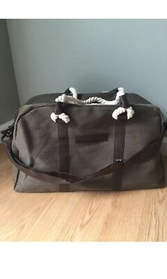 8d669e4c329e NEW TOMMY BAHAMA Duffle Bag Travel Weekender Gym Overnight Leather ...
