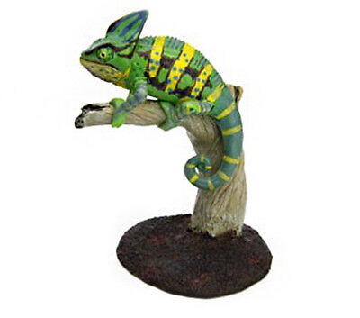 Japan Colorata Reptile Veiled Chameleon Animal Miniature Mini Realistic Figure