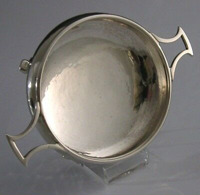 A E Jones English Solid Sterling Silver Arts And Crafts Bowl Dish Quaich 1934