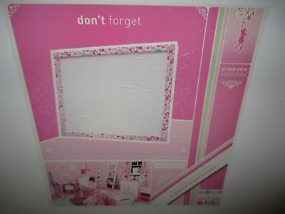 Girls Bedroom Me In Mind Room Decor Prima Vera Collection Don't Forget Pin Board