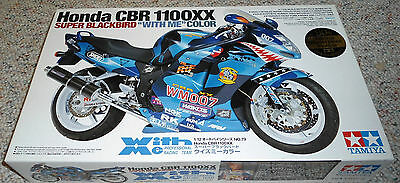 "Tamiya 1/12 Honda CBR1100XX Super Blackbird ""With Me"" Color"