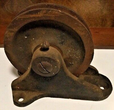 Antique Vintage Barn Wall Mounting Solid Wheel Cast Iron Pulley Heavy Unique