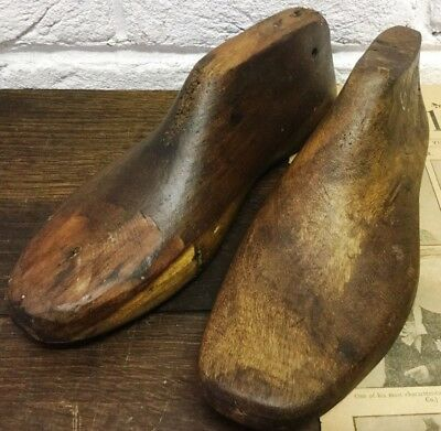 2 Naturally Aged Vintage Old Wooden Foot/Cobblers/Boot Makers Shoe Lasts - Prop