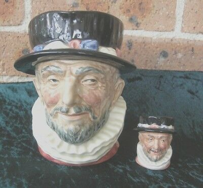 SET OF 2 Royal Doulton Character / Toby Jug - Beefeaters