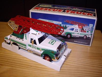 IN BOX 1994 Collectible Hess Toy Truck Rescue Truck with Lights and Sounds