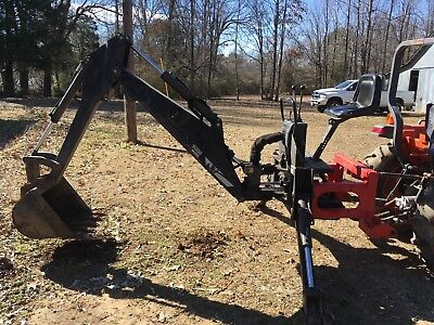 Woods BH9000-1 Compact Tractor 3 Point Hitch Mounted Self Contained Backhoe
