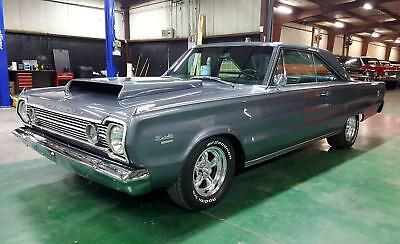 1966 Plymouth Satellite 440 big block V8 1966 Plymouth Satellite