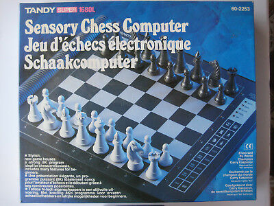 Tandy Sensory Chess Computer - 1680L - complete in box - 1990's