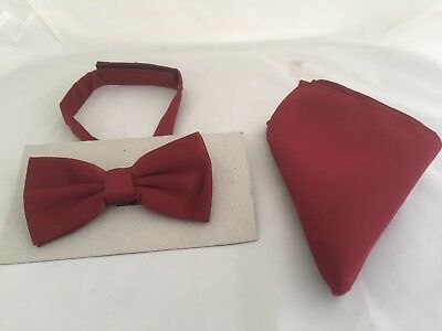 < NEW > Light Matt Burgundy Wine Pre-tied Mens Polyester Bow tie and Hankie Set