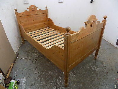 french,vintage,carved,pine,old pine,single bed,bed stead,bed frame,mattress,bed,