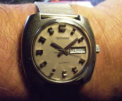 Vintage Datzwartd Square 21 Rubis Day Date Automatic All S. Steel Swiss Made