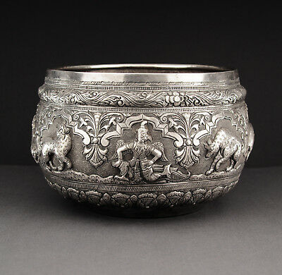 Large Thabeik silver bowl, Burma (Myanmar), first half 20th century, Asian Art