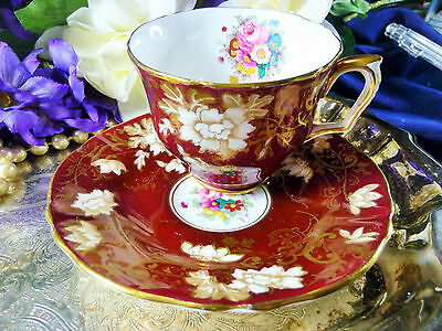 Crown Staffordshire Tea Cup And Saucer Red White Floral Stunning Pattern Gold