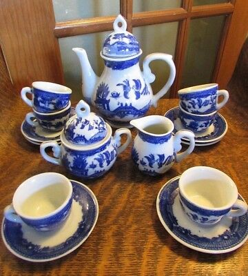 Vintage Blue Willow, Victoria Stoneware Demitasse Tea Set, 17 Pieces, Service 6