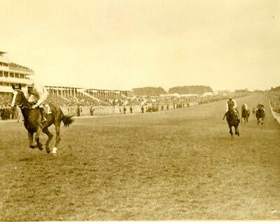 Course Hippique Epsom Horse Racing Vainqueur Saucy Sue Winning old Photo 1920's