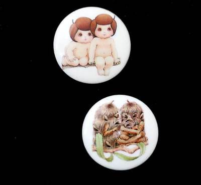 Vintage Gumnut Babies set of 2 cute pin badges in great condition